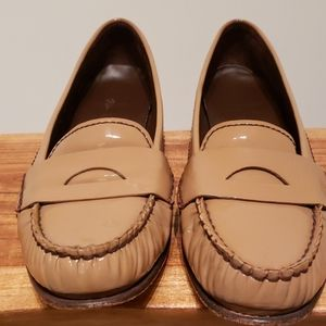 Cole Haan Penny Loafer size 8 in Patent leather